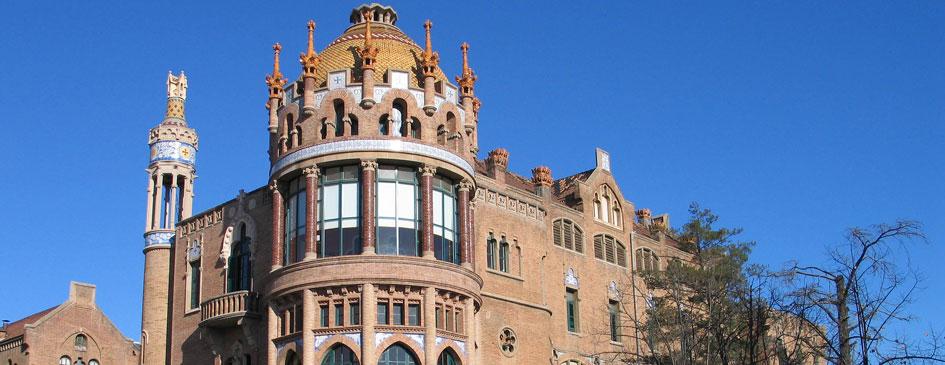 Edificio Sant Manuel del recinto modernista Sant Pau de Barcelona