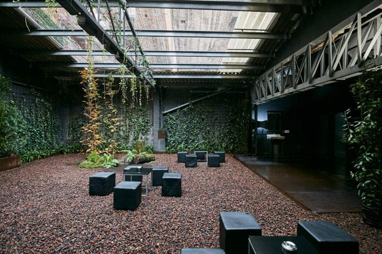 Jardí de la sala d´esdeveniments Màfic Space, projece per OTP Enginyeria
